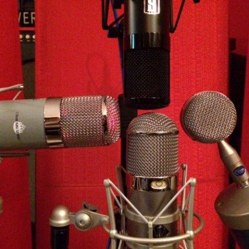Microphone Shootout - 4 Mics on Acoustic Gtr | Soundloop Pro